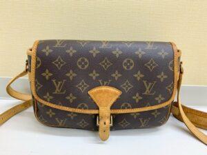 ブランド品&金・プラチナ買取マート豊田青木店で買取したルイ・ヴィトンのバッグ
