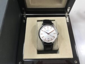 ブランド品&金・プラチナ買取マート岡崎店で買取したゼニスの時計です。