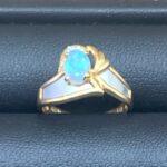 ブランド品&金・プラチナ買取マート碧南店で買取した18金とプラチナ900コンビのオパール付きデザインリング