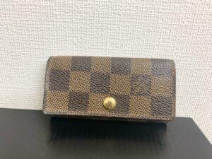 ブランド品&金・プラチナ買取マート豊田青木店で買取したブランド品ルイヴィトンのキーケース